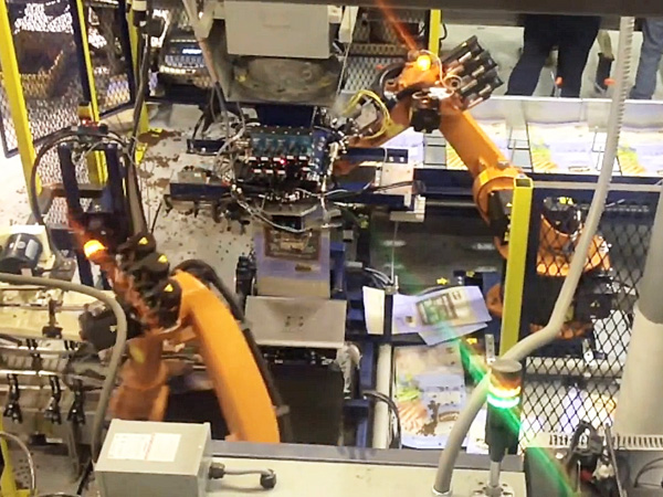 机器人装袋